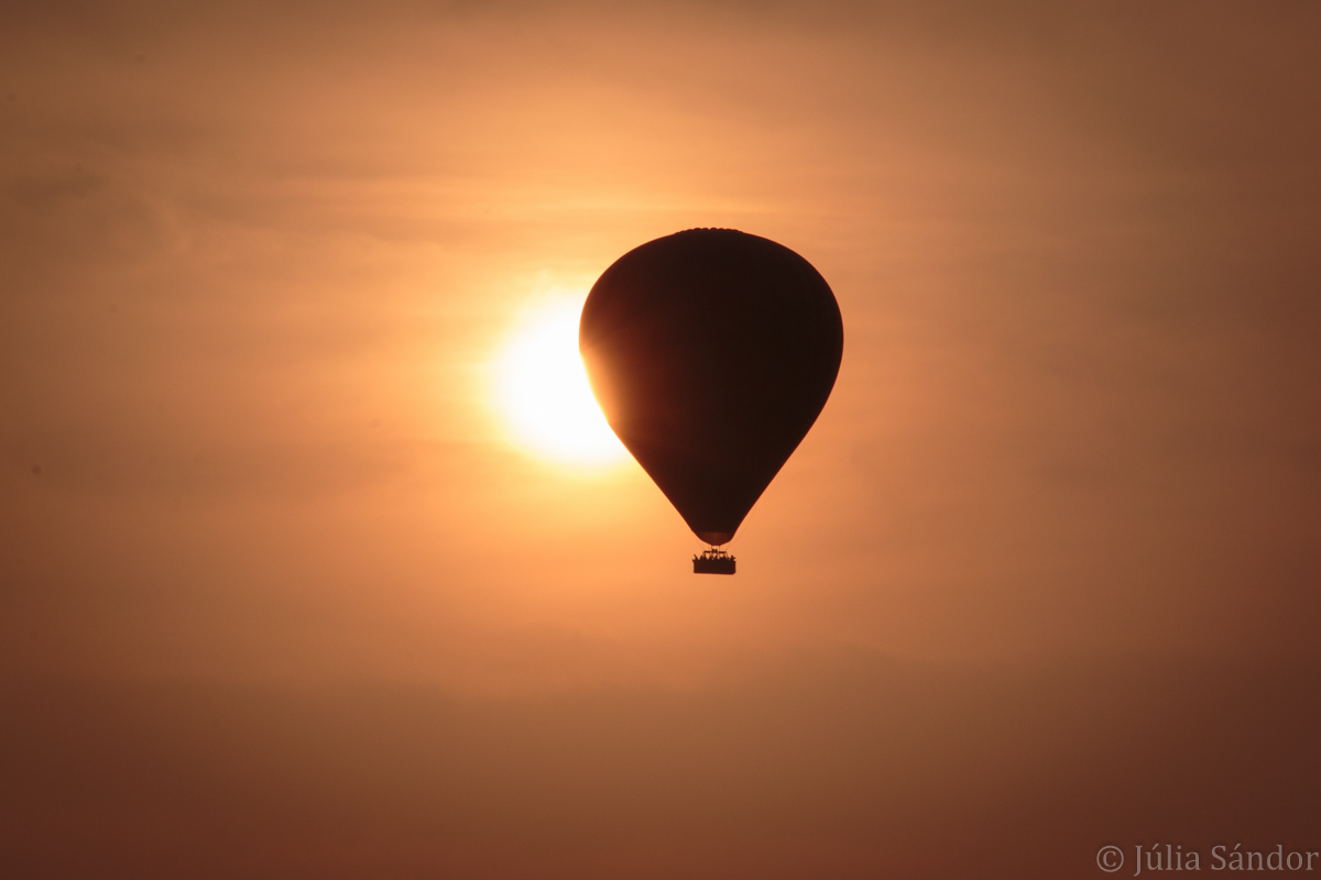 Balloon over Bagan temples