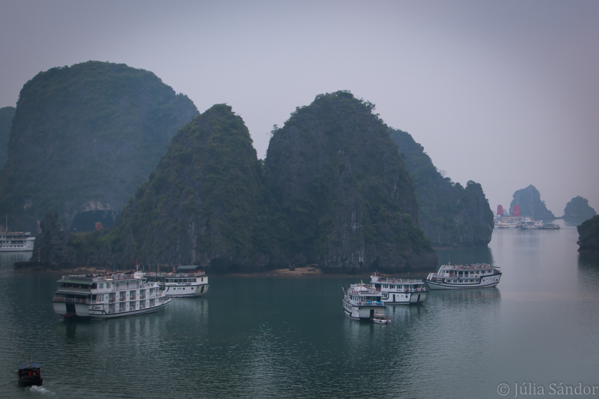 Vietnam Ha Long Bay view