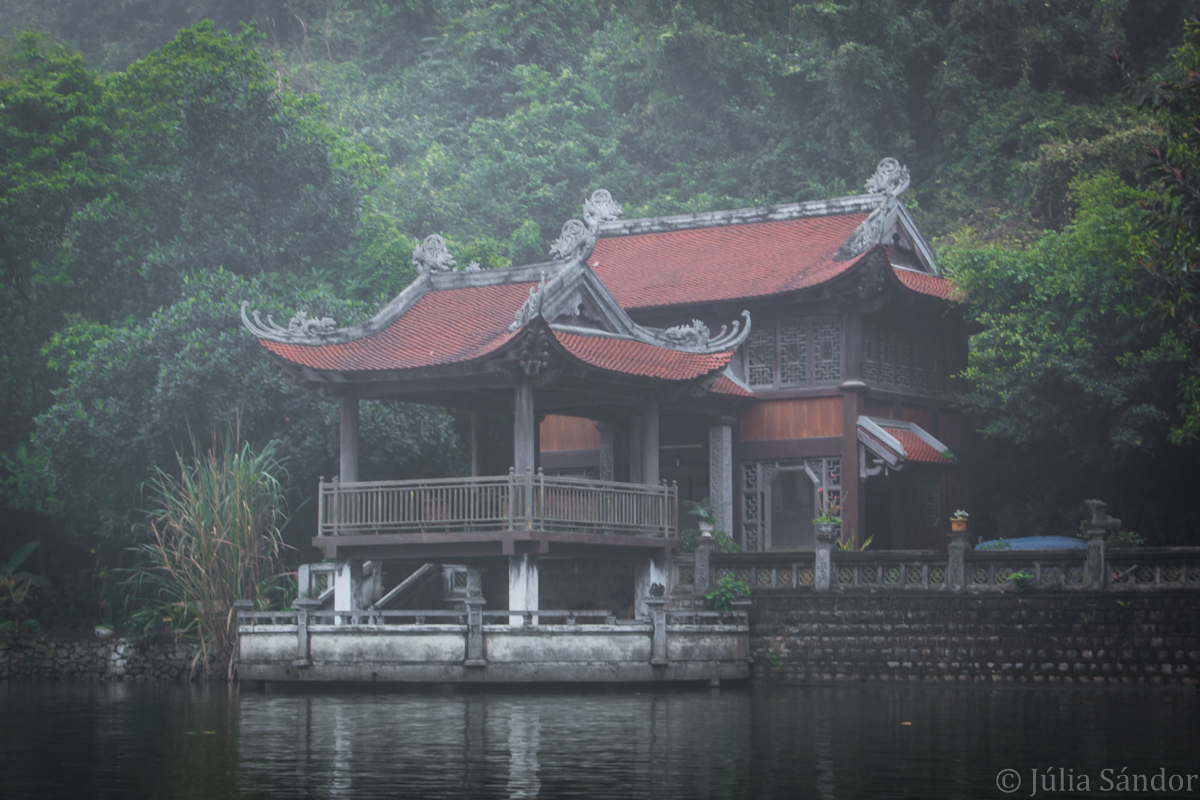 Vietnam boat trip
