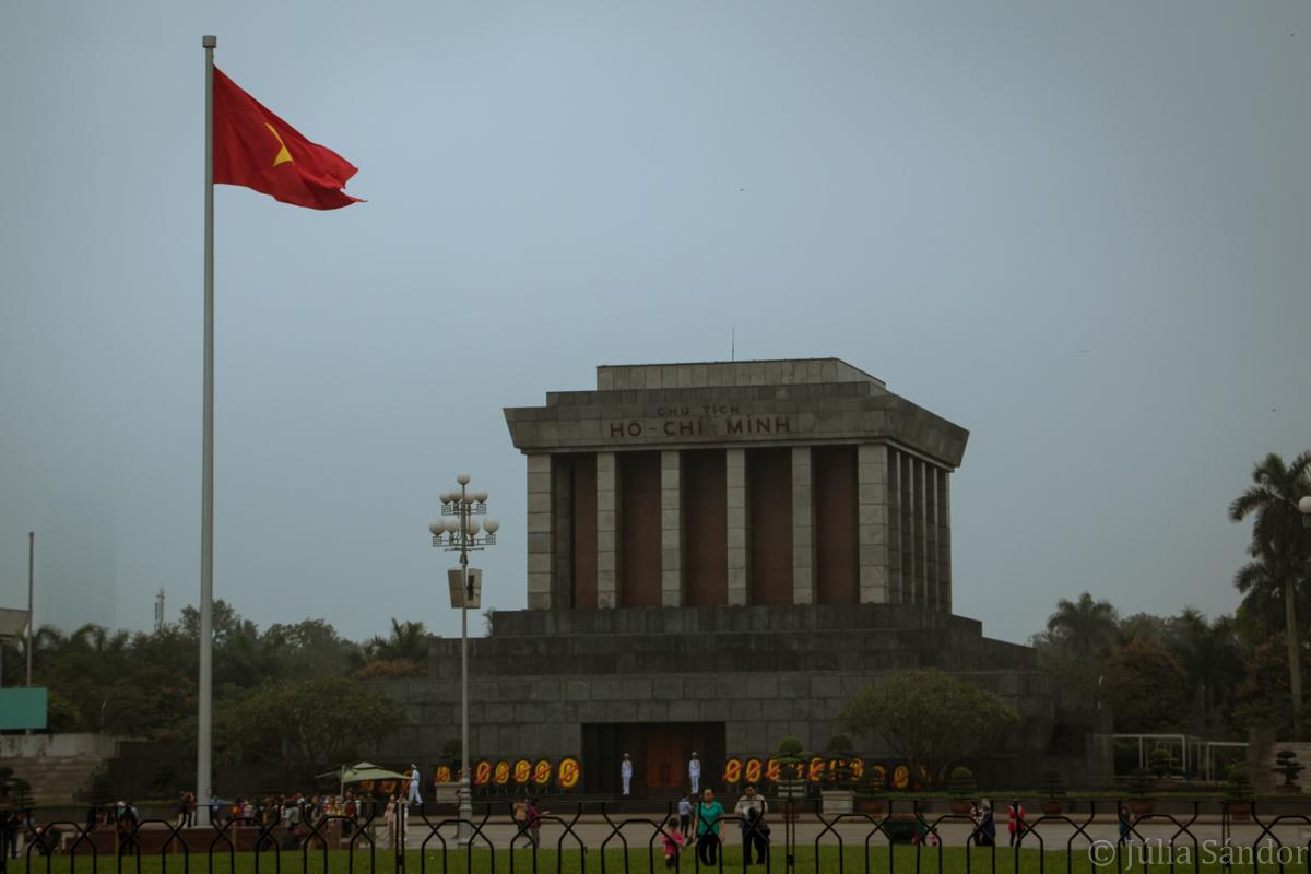 Vietnam: Mausoleum