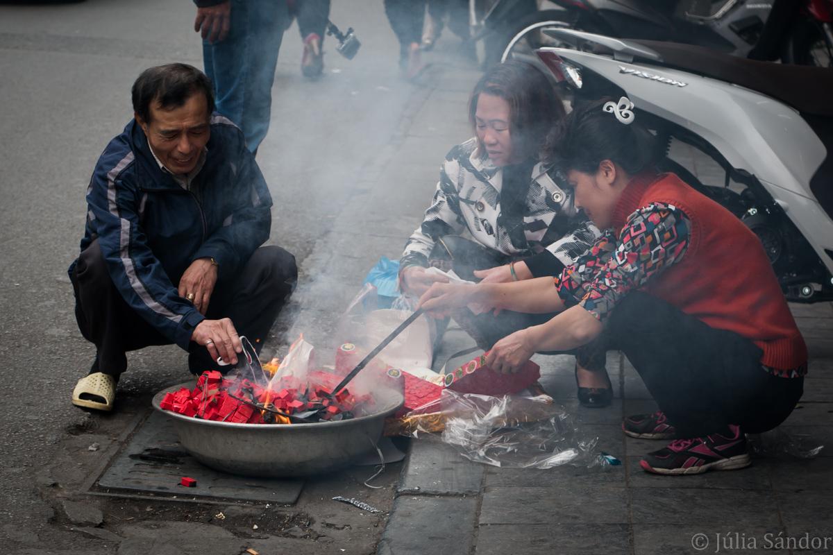 Street vendors in Vietnam, Hanoi