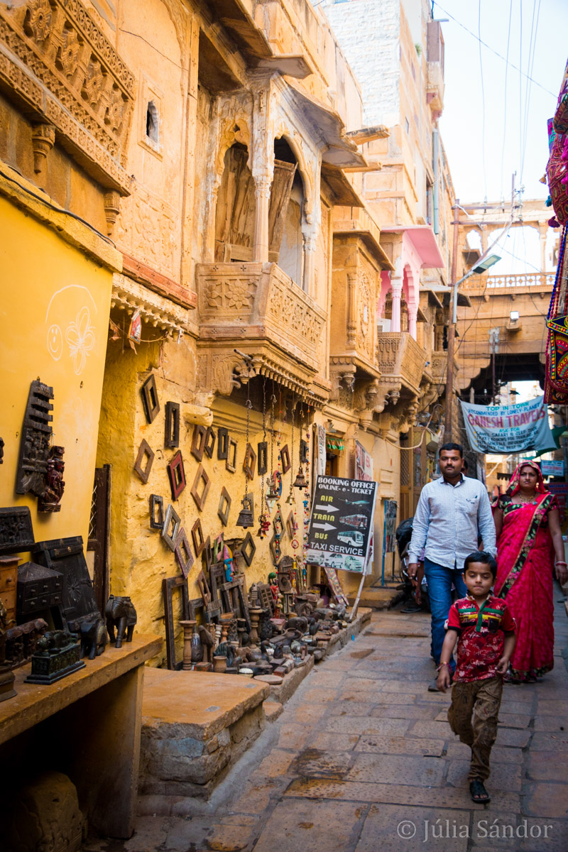 Shopping in the narrow streets in Jaisalmer, India