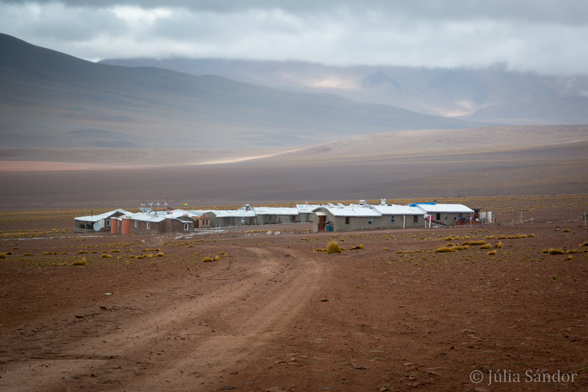 This was our hotel at 4.600 meters, run by the local community – for miles around no other sign of life.